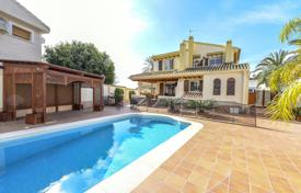 4 bedroom houses for sale in Costa Blanca. Villa – Orihuela Costa, Valencia, Spain