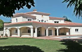 6 bedroom houses for sale in Malaga. LUXURY VILLA CASASOLA GUADALMINA