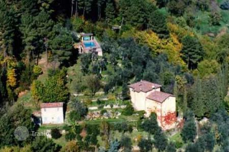 6 bedroom houses for sale in Camaiore. Villa - Camaiore, Tuscany, Italy