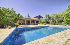 Property for sale in Costa del Sol. Stylish Rustic Villa in Los Reales, Sierra Estepona, Estepona