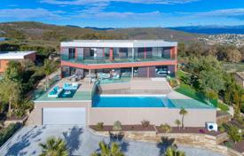 Luxury property for sale in Roquebrune-sur-Argens. Panoramic sea view — Newly built and modern villa