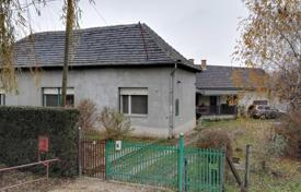 Houses for sale in Fejer. Detached house – Bicske, Fejer, Hungary