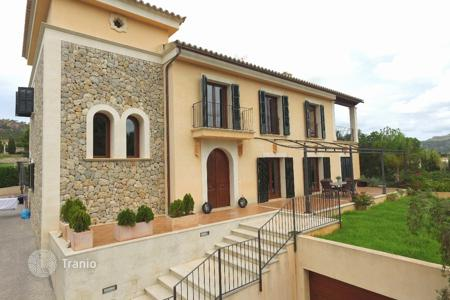 4 bedroom houses for sale in Es Capdellà. Villa – Es Capdellà, Balearic Islands, Spain