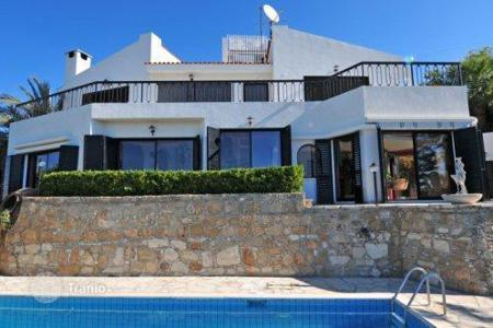 Luxury houses for sale in Tala. Magnificent Villa With Tennis Court, Fabulous Views