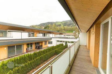 New homes for sale in Tyrol. The two-storey apartment with a roof terrace in a few minutes drive from the ski lift, Hopfgarten, Tyrol