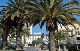 Residential for sale in Saint-Raphaël. Comfortable apartment in Saint-Raphaël on the Cote d'-Azur