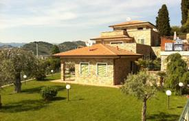 Luxury houses with pools for sale in Liguria. Villa – Bordighera, Liguria, Italy