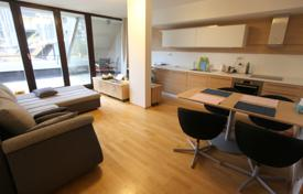1 bedroom apartments for sale in the Czech Republic. Two-level apartment with a terrace, in a new residential building, close to public transport stops, Prague 3, Czech Republic