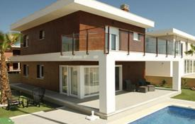 Houses from developers for sale in Valencia. Villa – Gran Alacant, Valencia, Spain