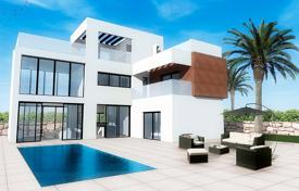 Detached villa with private pool in Finestrat for 500,000 €