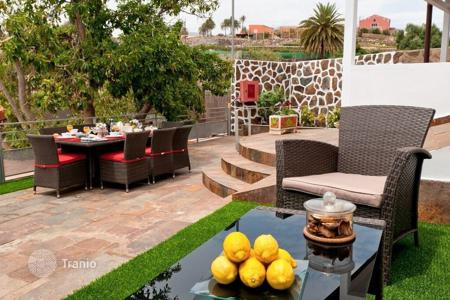 6 bedroom villas and houses to rent in Canary Islands. Villa – Gran Canaria, Canary Islands, Spain