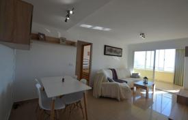 Cheap apartments for sale in Costa Blanca. Modern apartment with a glassed-in terrace, in a residential complex with swimming pool, Benidorm, Alicante, Spain. High rental potential!