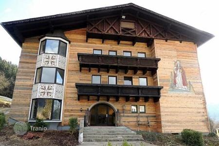 Property for sale in Upper Austria. One-bedroom holiday apartment in Alps for rent in a hotel complex with swimming pool and wellness area, Windischgarsten