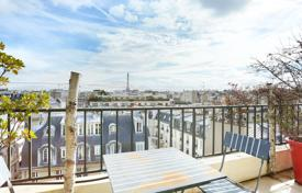 Paris 16th District – An over 200 m² duplex apartment for 2,940,000 €
