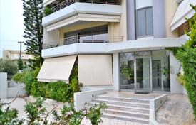 Coastal townhouses for sale in Glifada. Terraced house – Glifada, Attica, Greece