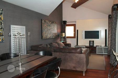 Property for sale in Val d'Isere. Apartment – Val d'Isere, Auvergne-Rhône-Alpes, France