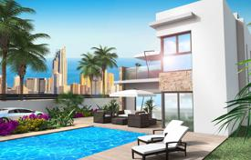 Houses for sale in Benidorm. 4 bedroom villa with basement and panoramic views to Benidorm