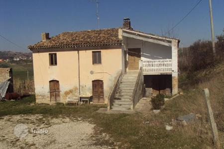 Property for sale in Penne. Townhome – Penne, Abruzzo, Italy