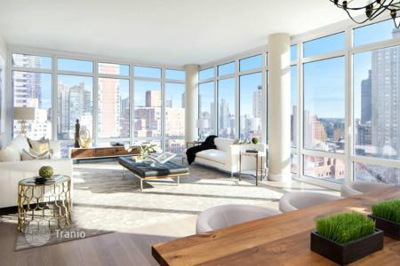 Luxury residential for sale in North America. Apartment in Upper East Side
