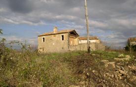 Property for sale in Novaki Motovunski. Old stone cottage with a large plot, Novaki-Motovun, Istria County, Croatia