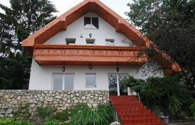 3 bedroom houses for sale in Hungary. Cozy house with two terraces and a garden, District II, Budapest, Hungary