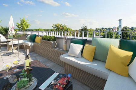 Property for sale in Wiesbaden. Three-bedroom penthouse with roof terrace in a new building, Nord Ost district, Wiesbaden, Hessen