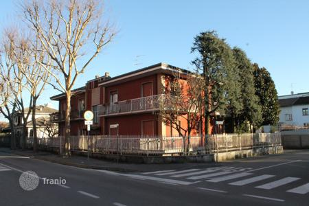 Townhouses for sale in Lombardy. Terraced house - Cernusco Sul Naviglio, Lombardy, Italy