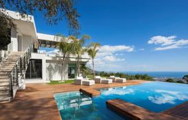 5 bedroom houses for sale in Benahavis. Stunning Contemporary Villa in La Zagaleta, Benahavis