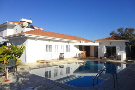 4 bedroom houses by the sea for sale in Kyrenia. Villa – Ozankoy, Kyrenia, Cyprus