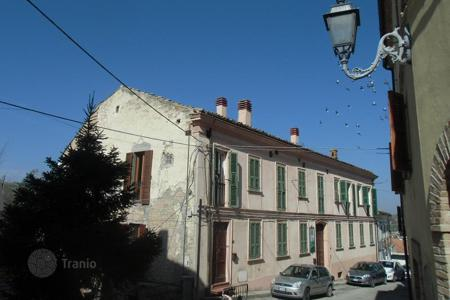 Apartments for sale in Abruzzo. Apartment in Notaresco. Italy