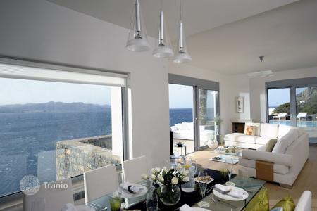 Coastal villas and houses for rent in Agios Nikolaos. Villa - Agios Nikolaos, Crete, Greece