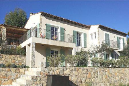 Houses for sale in Seillans. Brand-new villa 45 km from Cannes
