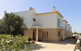 4 bedroom houses for sale in Albufeira. New cottage with an ocean view and a pool, Albufeira, Portugal