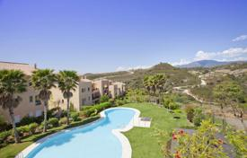 2 bedroom apartments for sale in Estepona. Luxury apartment located near estepona