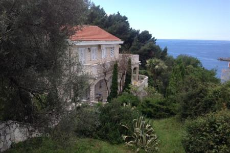 4 bedroom houses by the sea for sale in Budva. Villa – Sveti Stefan, Budva, Montenegro