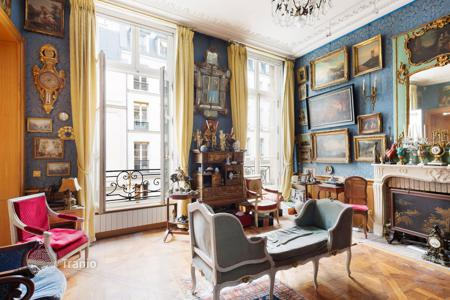 Luxury apartments for sale in 8th arrondissement of Paris. Paris 8th District – A superb apartment in prestigious Faubourg Saint-Honoré