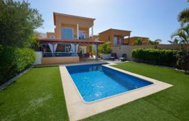 5 bedroom houses for sale in Tenerife. Villa – Santa Cruz de Tenerife, Canary Islands, Spain