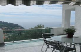 Bright apartment with a terrace and sea views in a residence with a pool, Petrovac, Budva, Montenegro for 423,000 €