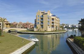 5 bedroom apartments for sale in Spain. VILLA IN THE SKY PENTHOUSE MARINA SOTOGRANDE