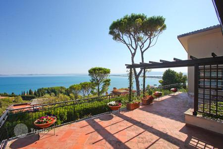 Luxury 5 bedroom houses for sale in Tuscany. Luxury villa on the sea for sale in Tuscany — Monte Argentario