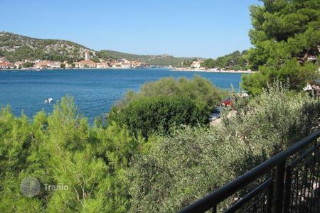Property for sale in Sibenik. House by the sea Murter