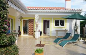Property for sale in Praia da Luz. South-facing 3 bedroom villa in Luz, Lagos