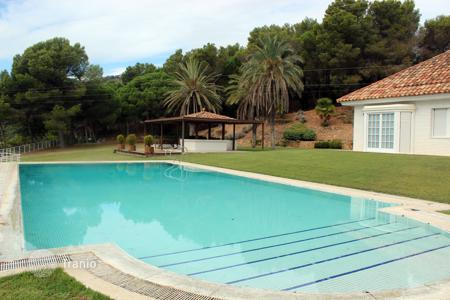 Villas and houses for rent with swimming pools in Catalonia. Villa – S'Agaró, Catalonia, Spain