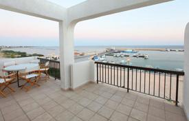 Apartments for sale in Zygi. Two Bedroom Top Floor Apartment with Unobstructed Sea Views
