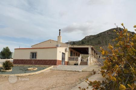 Cheap houses with pools for sale in Murcia. Villa – Jumilla, Murcia, Spain