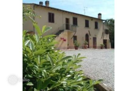 Houses for sale in Gambassi Terme. Villa – Gambassi Terme, Tuscany, Italy