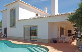 Residential for sale in Vila do Bispo. 3 Bedroom Villa with Pool and roof terrace in tranquil setting near Burgau, West Algarve