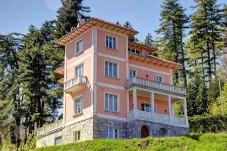 4 bedroom houses for sale in Piedmont. Villa – Gignese, Piedmont, Italy
