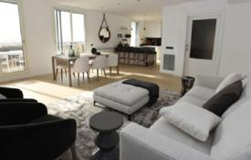 Coastal apartments for sale in Barcelona. Apartment with a terrace on the top floor in a new building with a pool and a garden in the Poble Sec district, Sitges, Spain