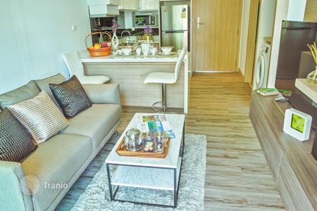 Residential for sale in Thailand. Apartment with roof-top garden and balconies in residence with 2 pools and sports club, near the beach, Phuket, Kata. Rental income — 8%!